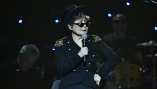 Yoko Ono presenta