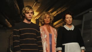 Peter Evans, Jessica Lange y Frances Conroy en 'American Horror Story: Murder House'