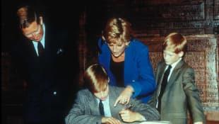 El príncipe Carlos, la princesa Diana y los príncipes William y Harry