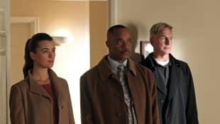 "Coté de Pablo (""Ziva"") alongside Rocky Carroll (""Leon Vance"") and Mark Harmon (""Gibbs"") on NCIS 2012"