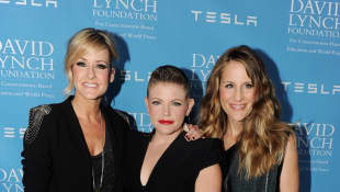 Dixie Chicks Postpone The Release Of Their Highly Anticipated New Album 'Gaslighter'