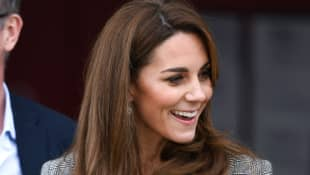 Prince William & Duchess Catherine Celebrate With 'Shout' Volunteers In London