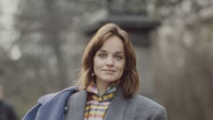 Pamela Sue Martin from Dynasty had three husbands. Meet them all here!