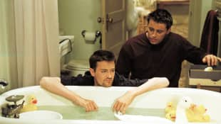 Matthew Perry y Matt LeBlanc en 'Friends'.