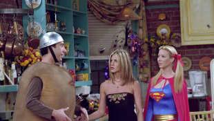 David Schwimmer, Jennifer Aniston, and Lisa Kudrow in 'Friends'