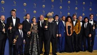 George R.R. Martin y el elenco de 'Game of Thrones'
