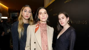 """Haim Features Taylor Swift On New Version Of """"Gasoline"""""""