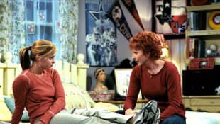 JoAnna Garcia and Reba McEntire in 'Reba'