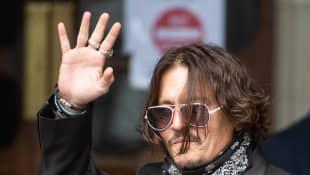 Johnny Depp se presenta ante corte para iniciar juicio