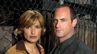 Mariska Hargitay y Christopher Meloni en 'La ley y el orden: UVE'.