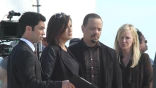 Danny Pino, Mariska Hargitay, Ice-T y Kelli Giddish en el set de 'Law & Order: SVU'