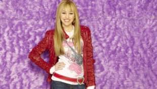 """Miley Cyrus Wants To Bring Back """"Hannah Montana"""" Again"""