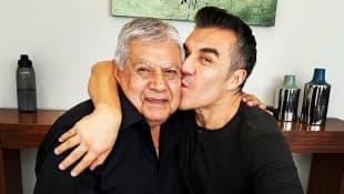 Adrián Uribe y su padre