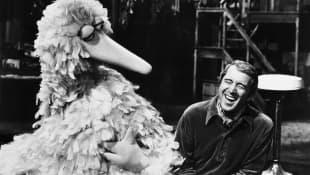 Big Bird and Perry Como in 'Sesame Street'