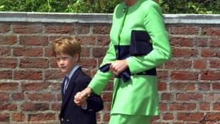 Príncipe Harry y la princesa Diana