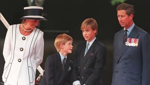 La Princesa Diana con el Príncipe Carlos y sus hijos William y Harry en 1995