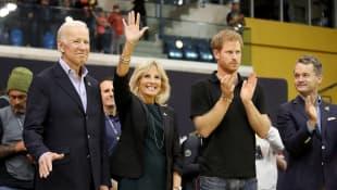 Joe Biden, Jill Biden y el príncipe Harry