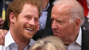 Príncipe Harry y Joe Biden
