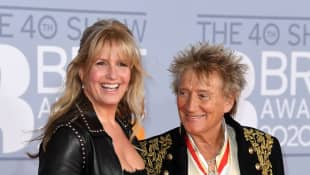 Rod Stewart Crashes His Wife's Zoom Interview