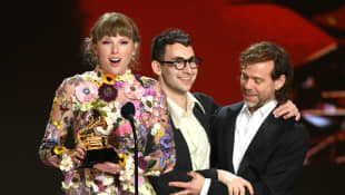 Taylor Swift Reveals Beyoncé Sent Her Flowers After Grammys Win