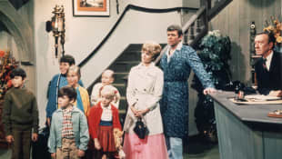 "The Brady Bunch: This Is How Robert Reed Got The Part of ""Mike Brady"""