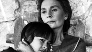 Sydney Penny and Jean Simmons