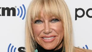 """'Three's Company' Star Suzanne Somers """"On The Mend"""" After Neck Surgery From Falling Down Stairs"""