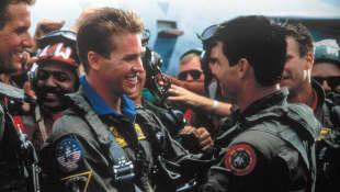 Val Kilmer and Tom Cruise in 'Top Gun'