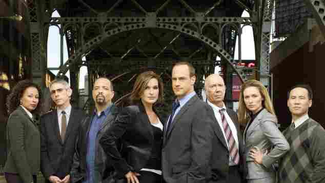 El elenco de 'La ley y el orden: UVE' en la temporada 10.