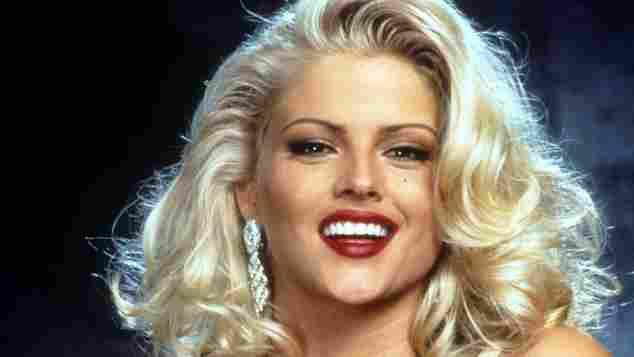 Anna Nicole Smith in 'The Naked Gun'.