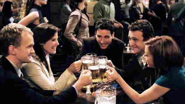 Neil Patrick Harris, Cobie Smulders, Josh Radnor, Jason Segel & Alyson Hannigan in 'How I Met Your Mother'.