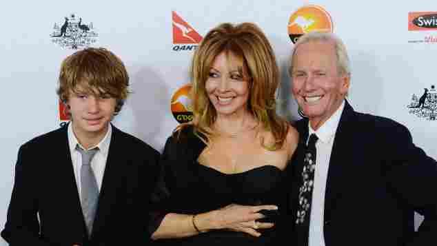 Paul Hogan, Linda Kozlowski and their son Chance