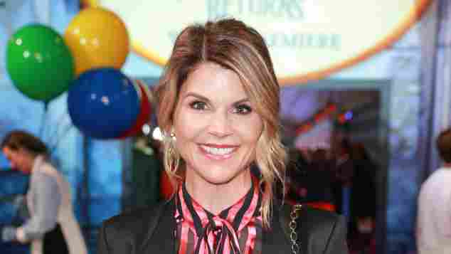 Lori Loughlin attends the Premiere Of Disney's 'Mary Poppins Returns' at El Capitan Theatre on November 29, 2018 in Los Angeles, California