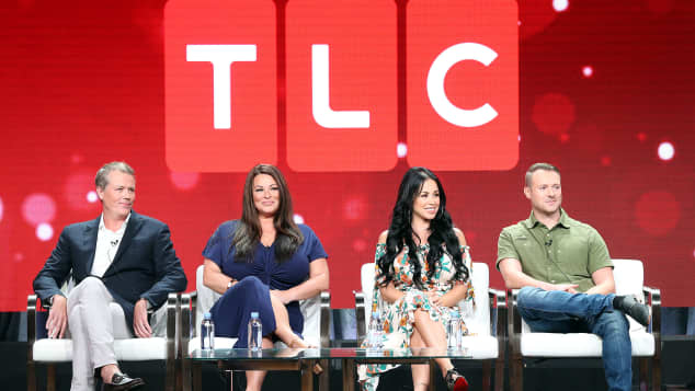 90 Day Fiancé and why the TLC show is so popular right now