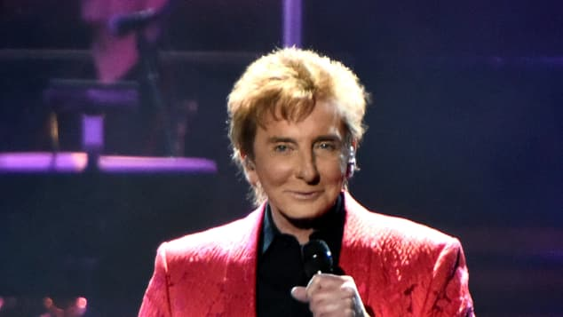 Barry Manilow In Concert- Chicago 2015