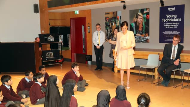 Duchess Meghan meets pupils from Edith Neville Primary School at the National Theatre