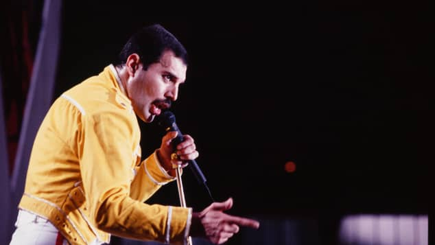 Freddie Mercury's Tragic Death cause 1992 age Queen singer