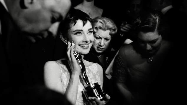 Photos Of Hollywood Legends Winning Their First Oscars pictures films movies history Academy Awards Audrey Hepburn best actors actresses