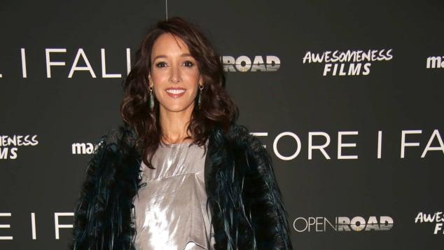 """""""Flashdance"""" star Jennifer Beals still looks fabulous"""