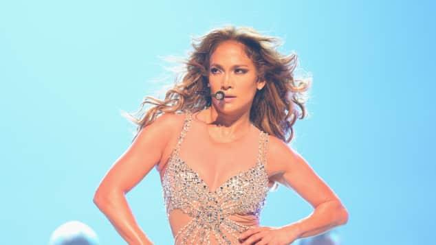 Jennifer Lopez in Unterwäsche auf der Bühne Konzert