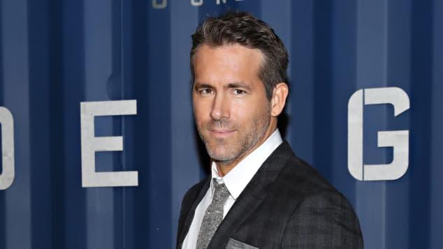 Ryan Reynolds inicia conmovedora búsqueda de un osito de peluche