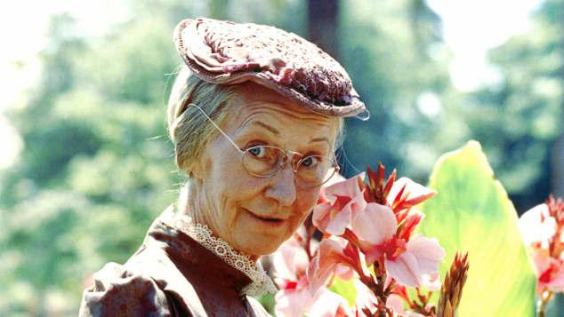 Irene Ryan on 'The Beverly Hillbillies'
