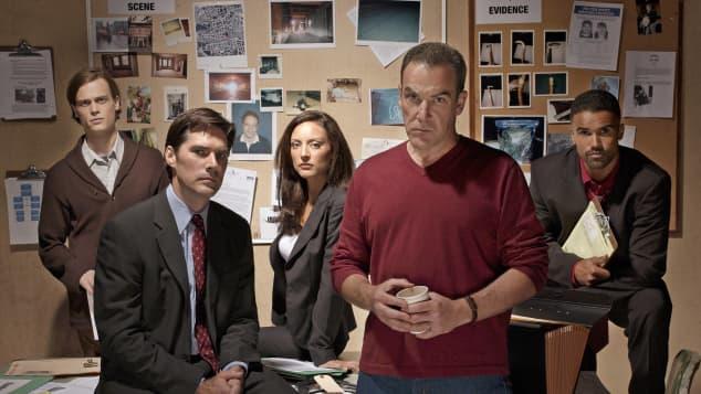 """Criminal Minds"" stars in season 1"