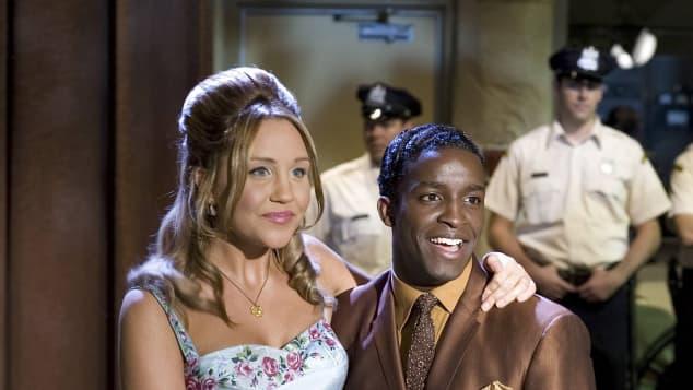 Amanda Bynes and Elijah Kelley in 'Hairspray'