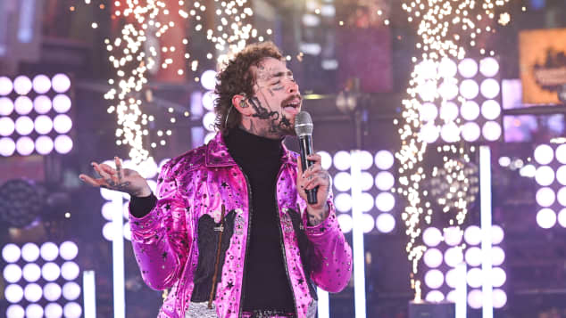 Post Malone performs during the Times Square New Year's Eve 2020 Celebration on December 31, 2019 in New York City
