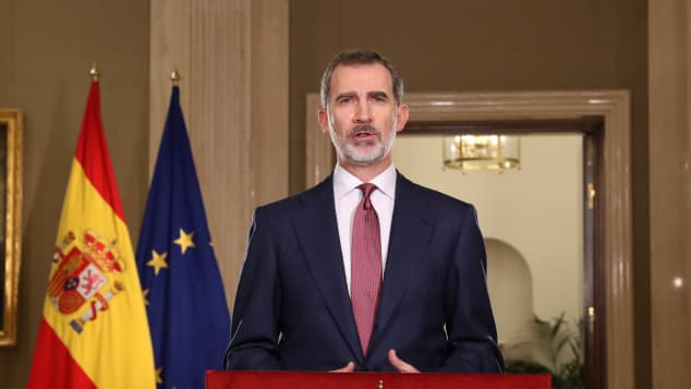 Rey Felipe VI da una conferencia dada la crisis sanitaria por Covid-19 en 2020