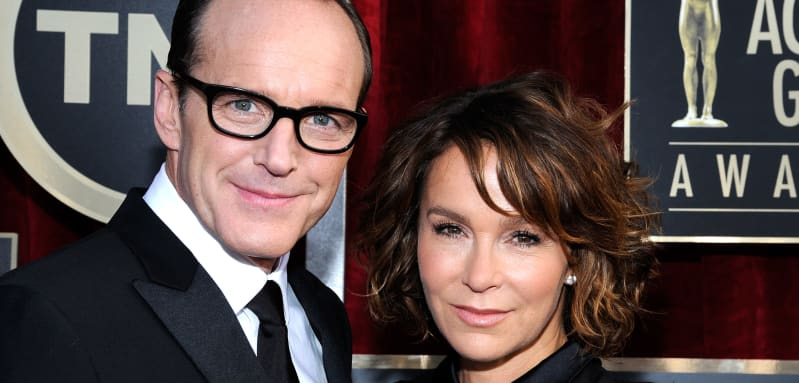 Clark Gregg y Jennifer Grey