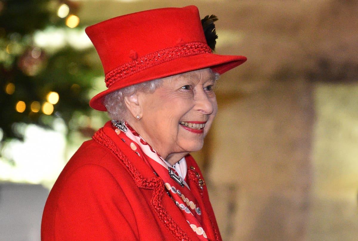 Queen Elizabeth II: A timeline of her reign - ITV News