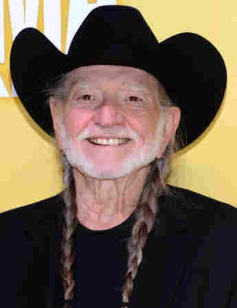 Willie Nelson asiste a la 46a. Entrega Anual de los Premios CMA 2012