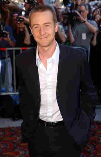"""Actor Edward Norton arrives for the premiere of """"The Score"""" July 11, 2001 in New York City."""